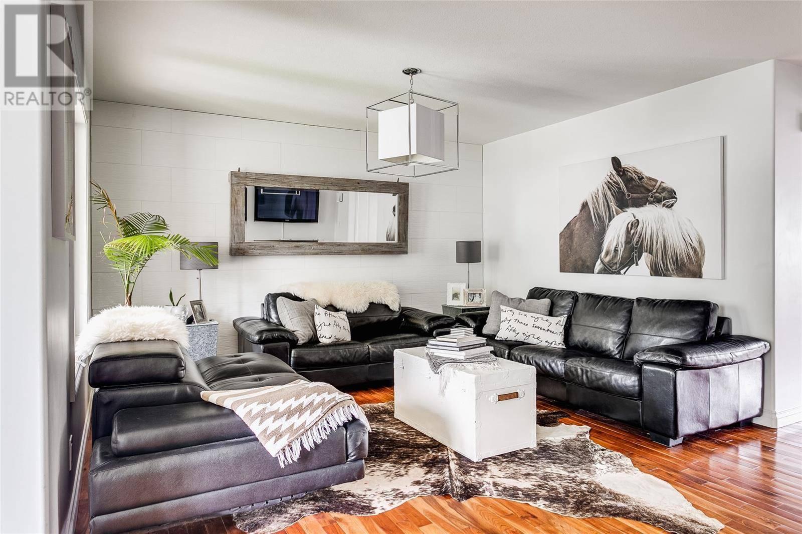 House for sale at 1147 M Ave S Saskatoon Saskatchewan - MLS: SK784280