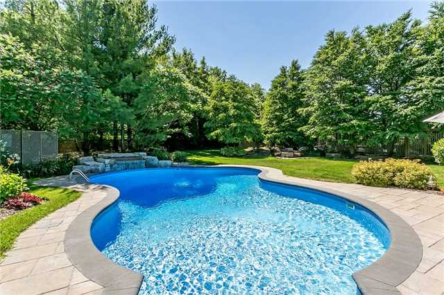For Sale: 1147 Riverbank Way, Oakville, ON | 4 Bed, 6 Bath House for $2,650,000. See 20 photos!