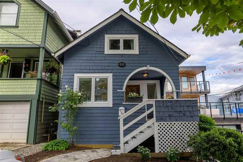 House for sale at 1148 Elm St White Rock British Columbia - MLS: R2385679