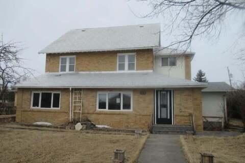House for sale at 115 1st Ave W Gravelbourg Saskatchewan - MLS: SK805429