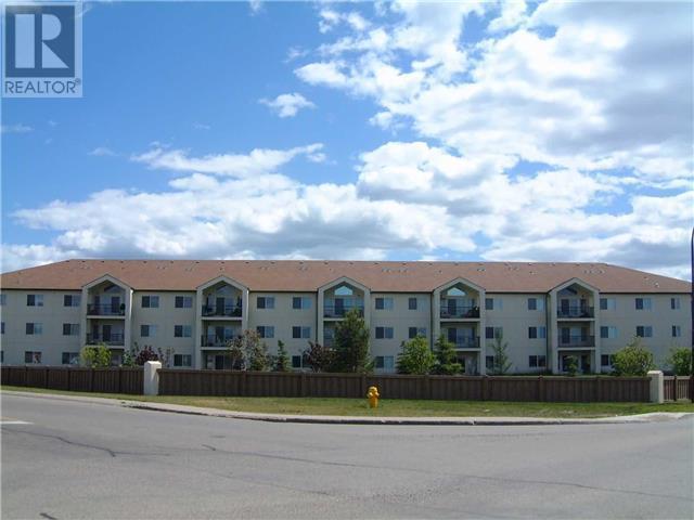 Buliding: 9111 104 Avenue, Grande Prairie City,