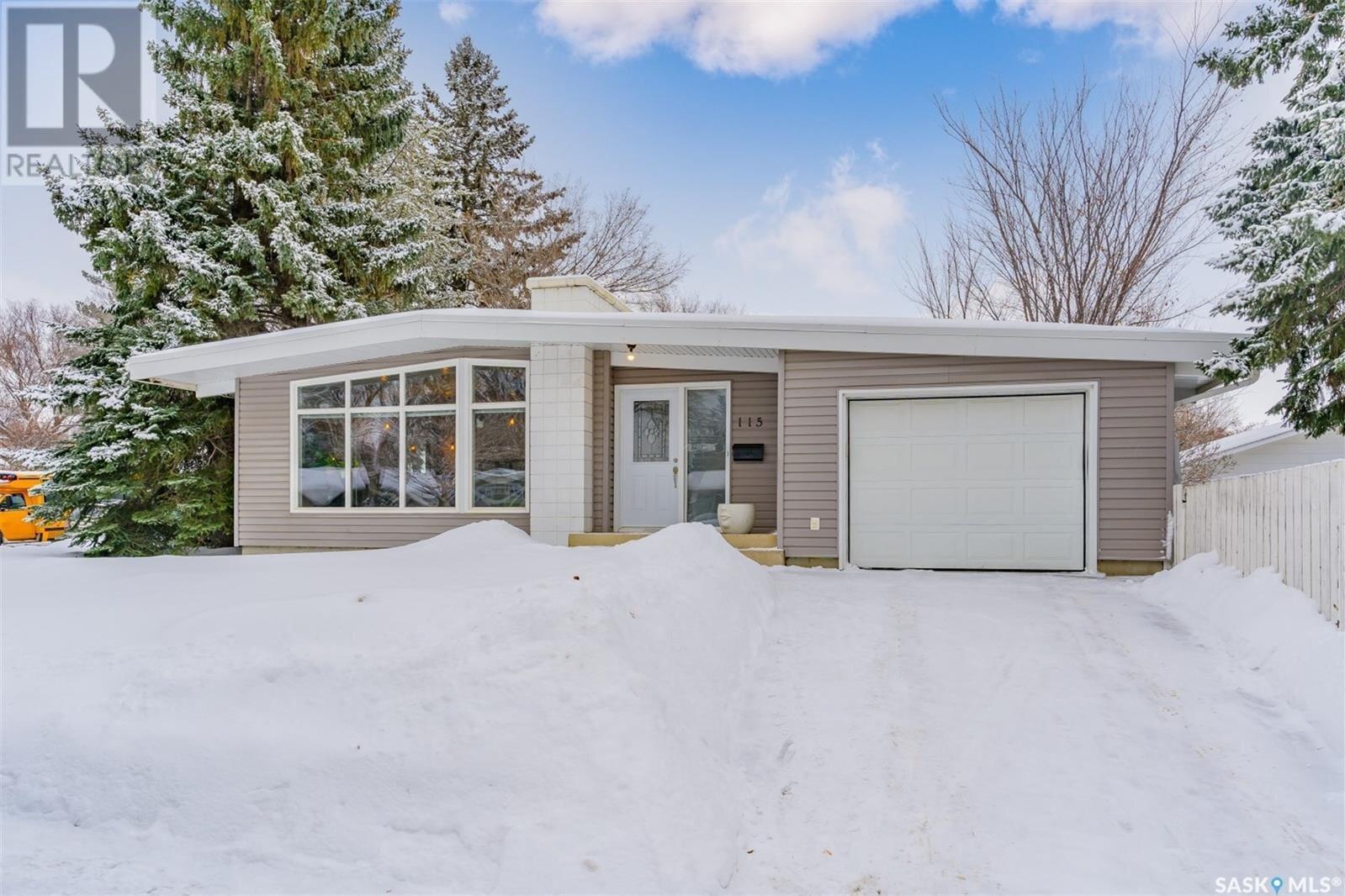 House for sale at 115 Baldwin Cres Saskatoon Saskatchewan - MLS: SK839449