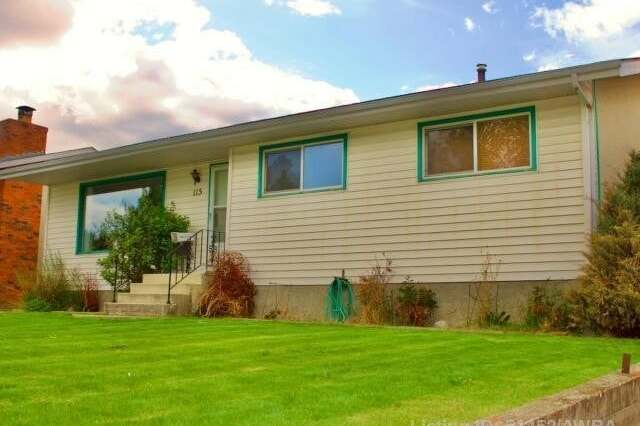 House for sale at 115 Cheviot Drive  Hinton Alberta - MLS: AW51452