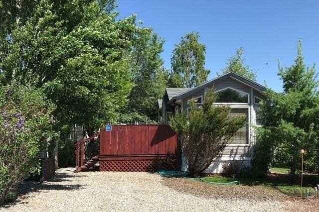 Residential property for sale at 115 Cormorant Cr S Mcgregor Lake, Rural Vulcan County Alberta - MLS: C4277932