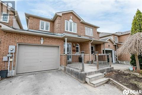 Townhouse for sale at 115 Cunningham Dr Barrie Ontario - MLS: 30721810
