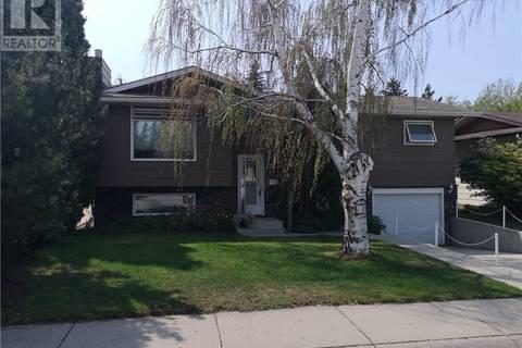 House for sale at 115 Cypress Ct Saskatoon Saskatchewan - MLS: SK766421