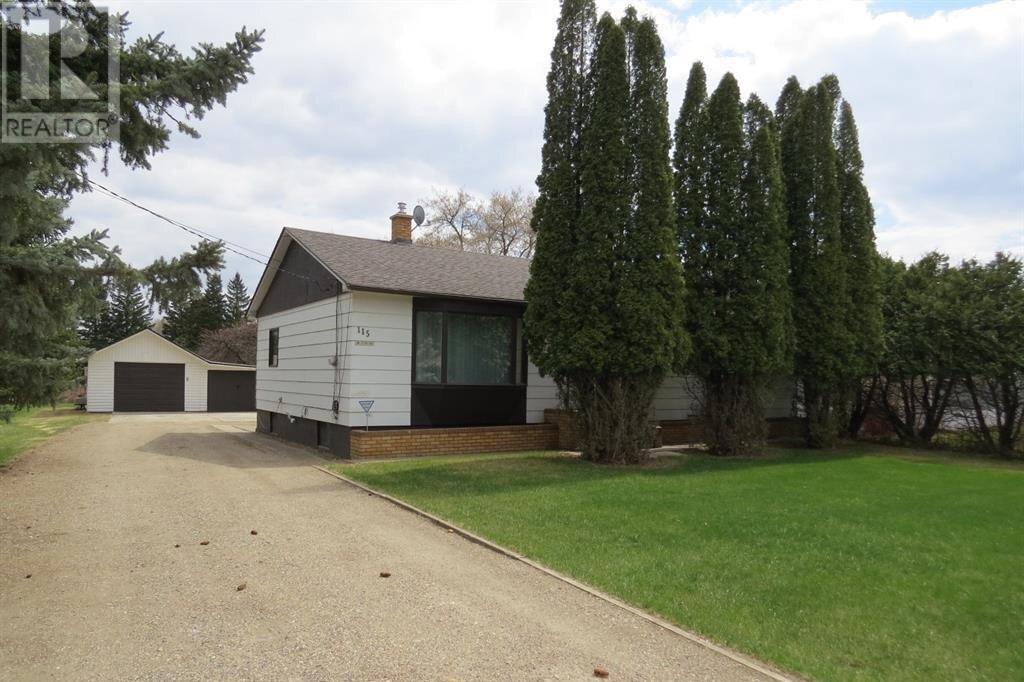 House for sale at 115 Gordon Ave W Yorkton Saskatchewan - MLS: SK818977