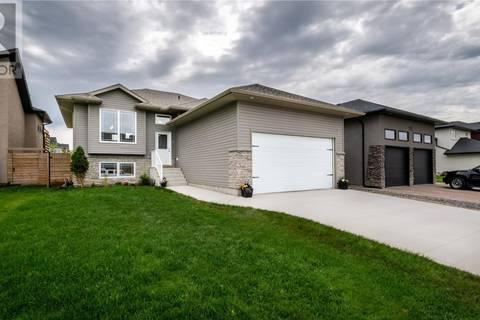 House for sale at 115 Hastings Ln Saskatoon Saskatchewan - MLS: SK776621