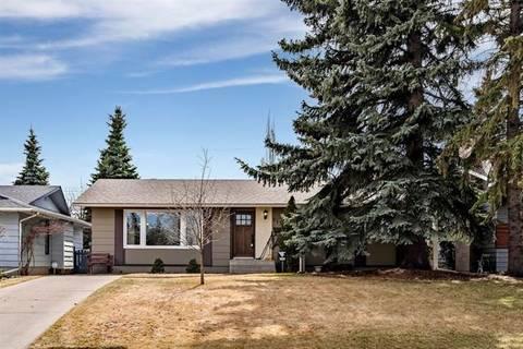House for sale at 115 Lake Wapta Ri Southeast Calgary Alberta - MLS: C4239331