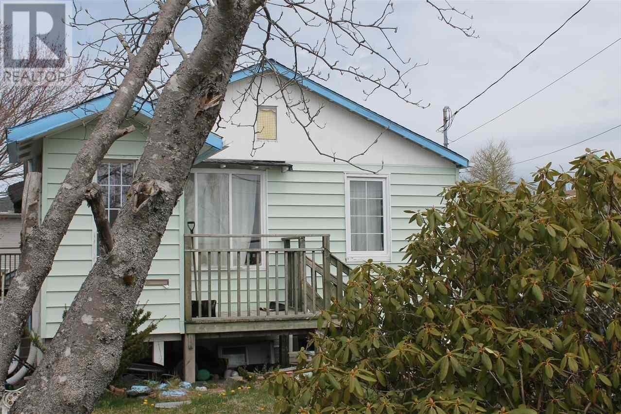 House for sale at 115 Rosedale Ave Halifax Nova Scotia - MLS: 202008170