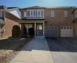 Townhouse for sale at 115 Saintsbury Cres Brampton Ontario - MLS: W4675903