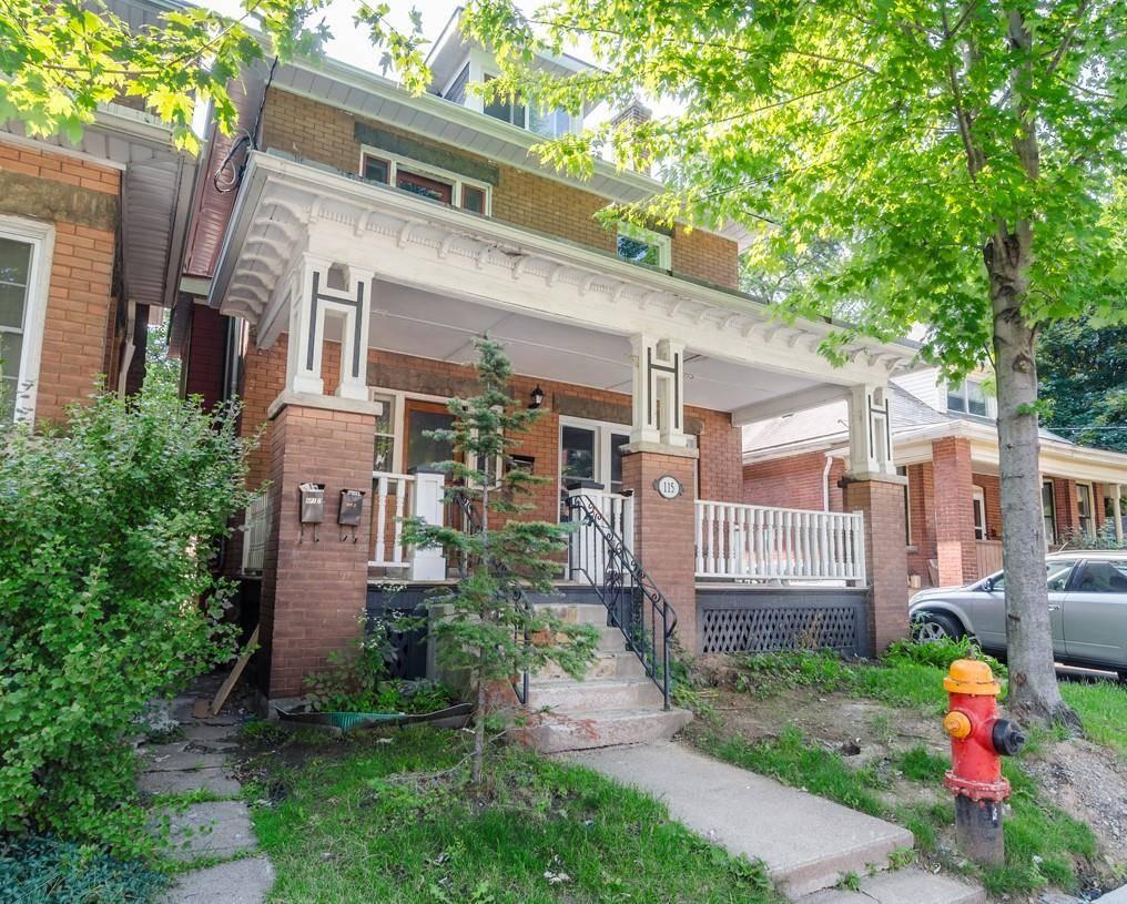 Townhouse for sale at 115 Spadina Ave Hamilton Ontario - MLS: H4065283