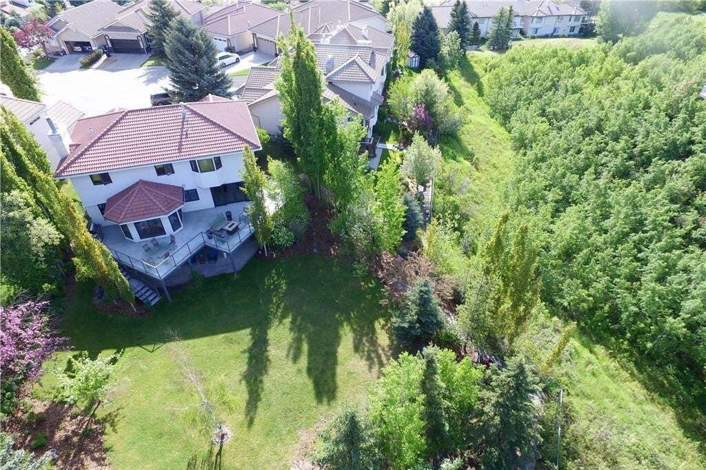 House for sale at 115 Strathearn Pl SW Strathcona Park, Calgary Alberta - MLS: C4302253
