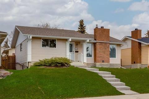 House for sale at 115 Thames Cs Northwest Calgary Alberta - MLS: C4244858