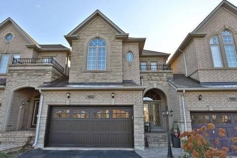 Townhouse for sale at 1152 Woodington Ln Oakville Ontario - MLS: W4631725