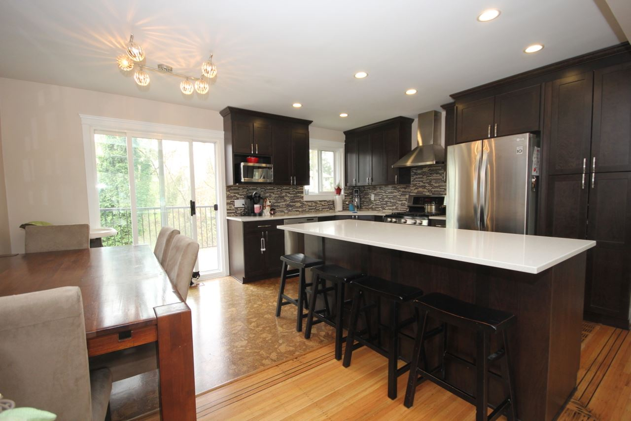 For Sale: 11546 141a Street, Surrey, BC   3 Bed, 2 Bath House for $858,000. See 19 photos!