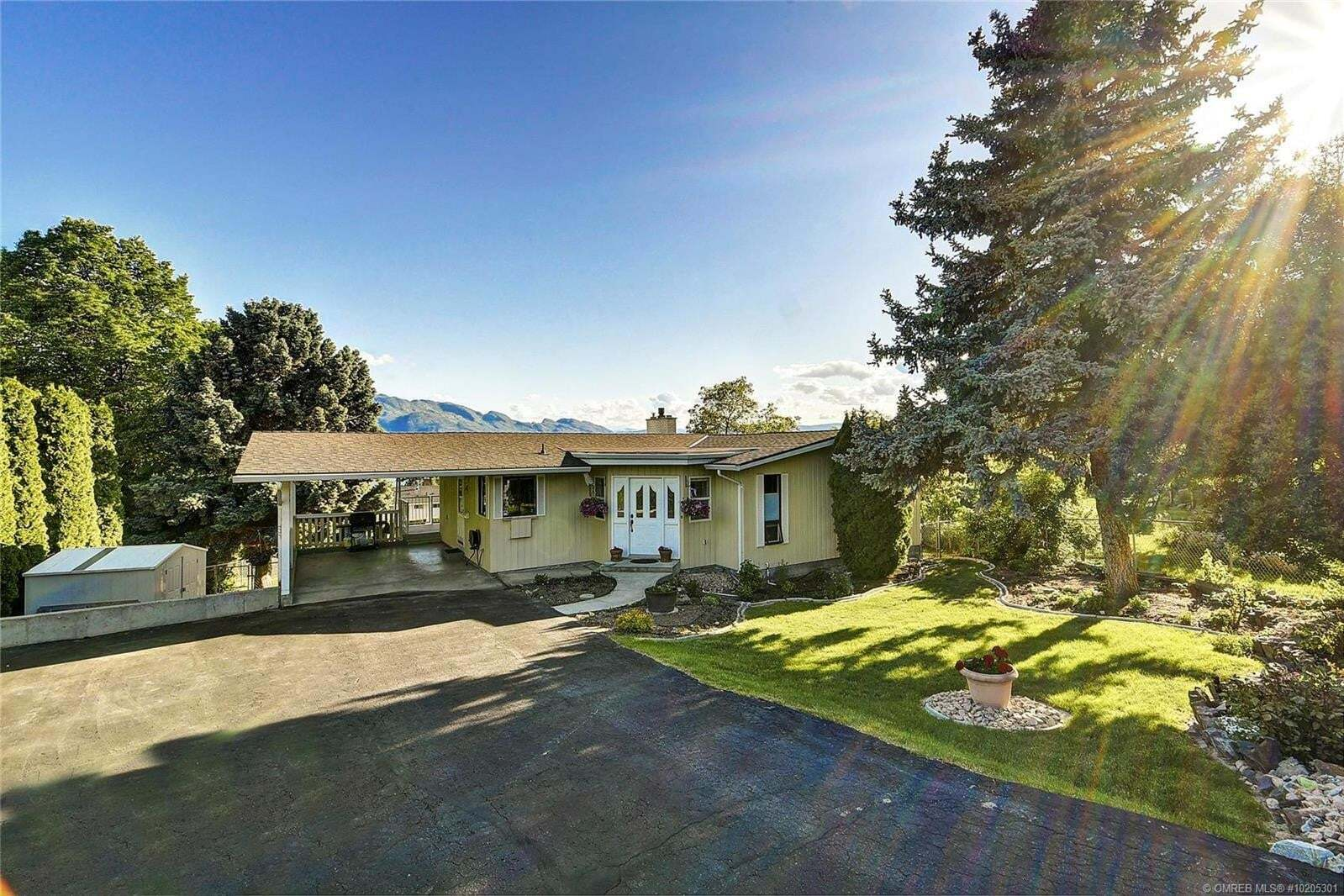 House for sale at 1157 Allison Pl West Kelowna British Columbia - MLS: 10205301