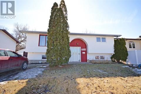 House for sale at 1157 Warner St Moose Jaw Saskatchewan - MLS: SK803887