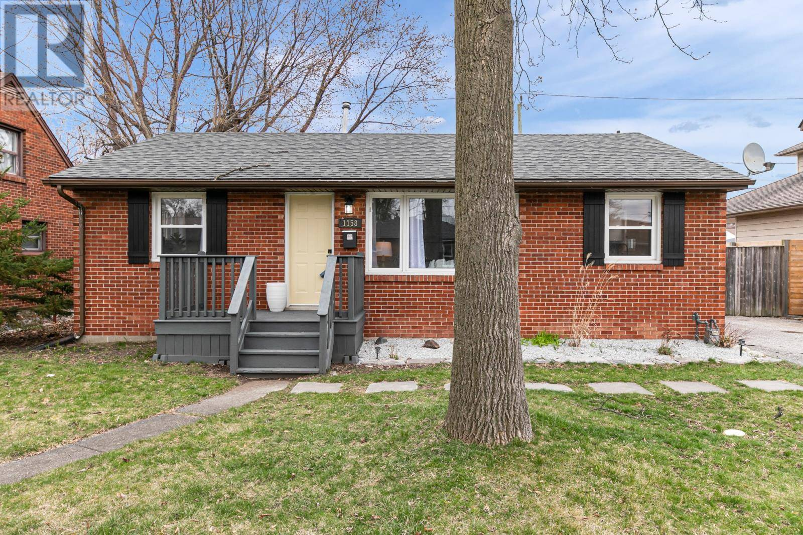 House for sale at 1158 Reedmere  Windsor Ontario - MLS: 20003872