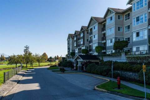 Condo for sale at 19673 Meadow Gardens Wy Unit 116 Pitt Meadows British Columbia - MLS: R2463371
