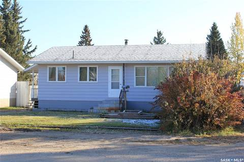 House for sale at 116 4th St E St. Walburg Saskatchewan - MLS: SK790934