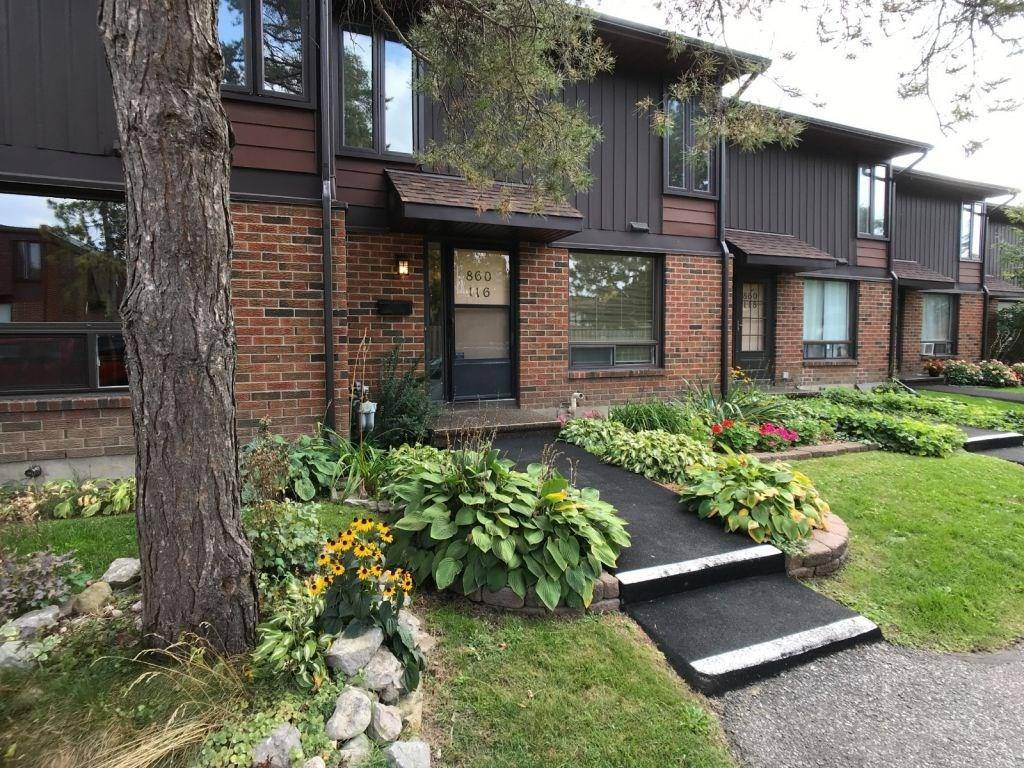 Townhouse for sale at 860 Cahill Dr W Unit 116 Ottawa Ontario - MLS: 1170716