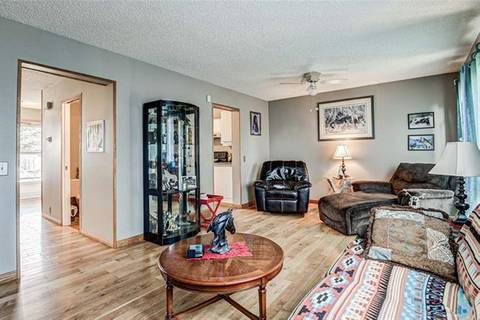 House for sale at 116 Abinger Cres Northeast Calgary Alberta - MLS: C4270008