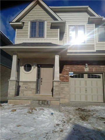 For Rent: 116 Dunrobin Lane, Grimsby, ON | 3 Bed, 3 Bath Townhouse for $2,100. See 20 photos!