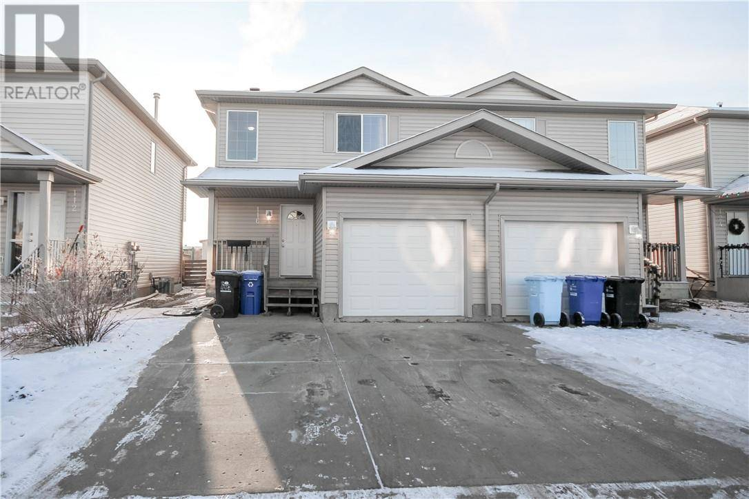 Townhouse for sale at 116 Kodiak Cres Fort Mcmurray Alberta - MLS: fm0184852