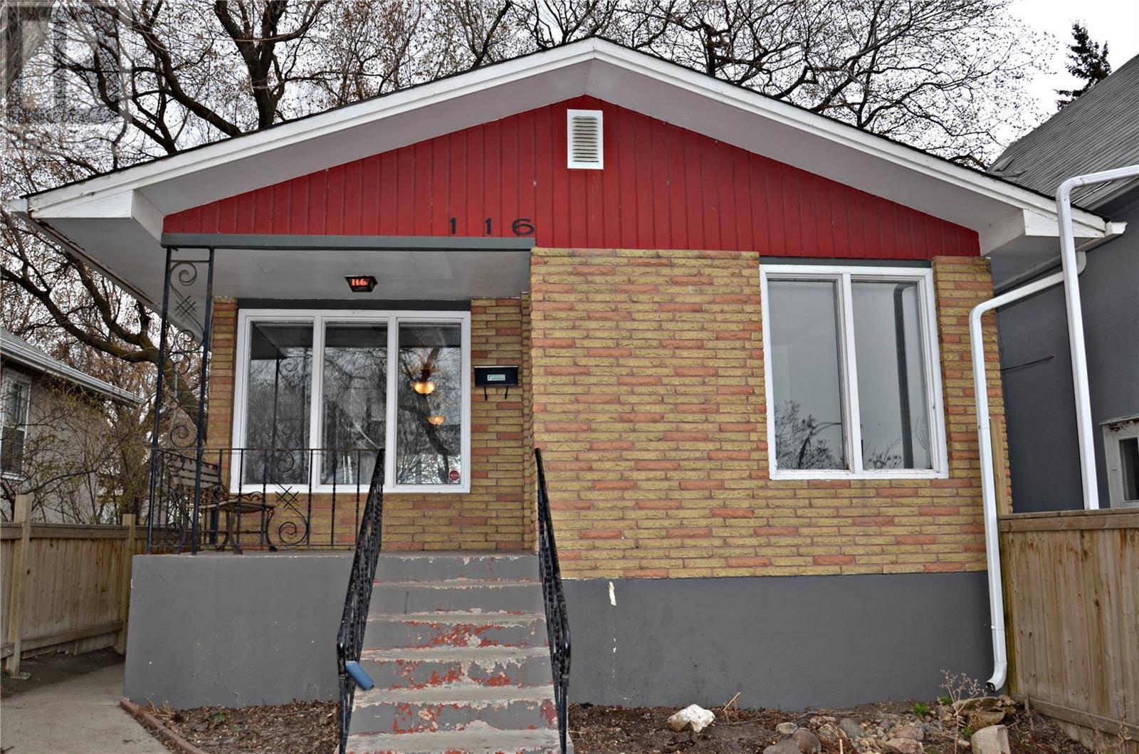 House for sale at 116 Main St Saskatoon Saskatchewan - MLS: SK783906