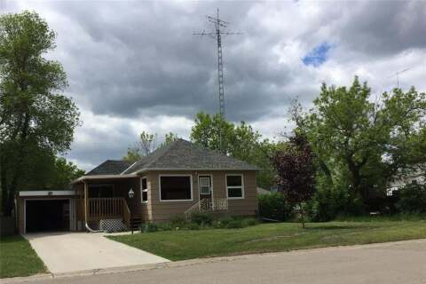 House for sale at 116 Second St W Carnduff Saskatchewan - MLS: SK798236