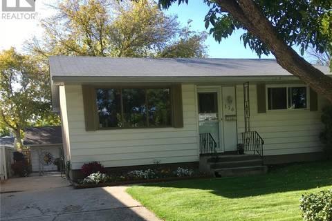 House for sale at 116 Straub St Regina Saskatchewan - MLS: SK798947