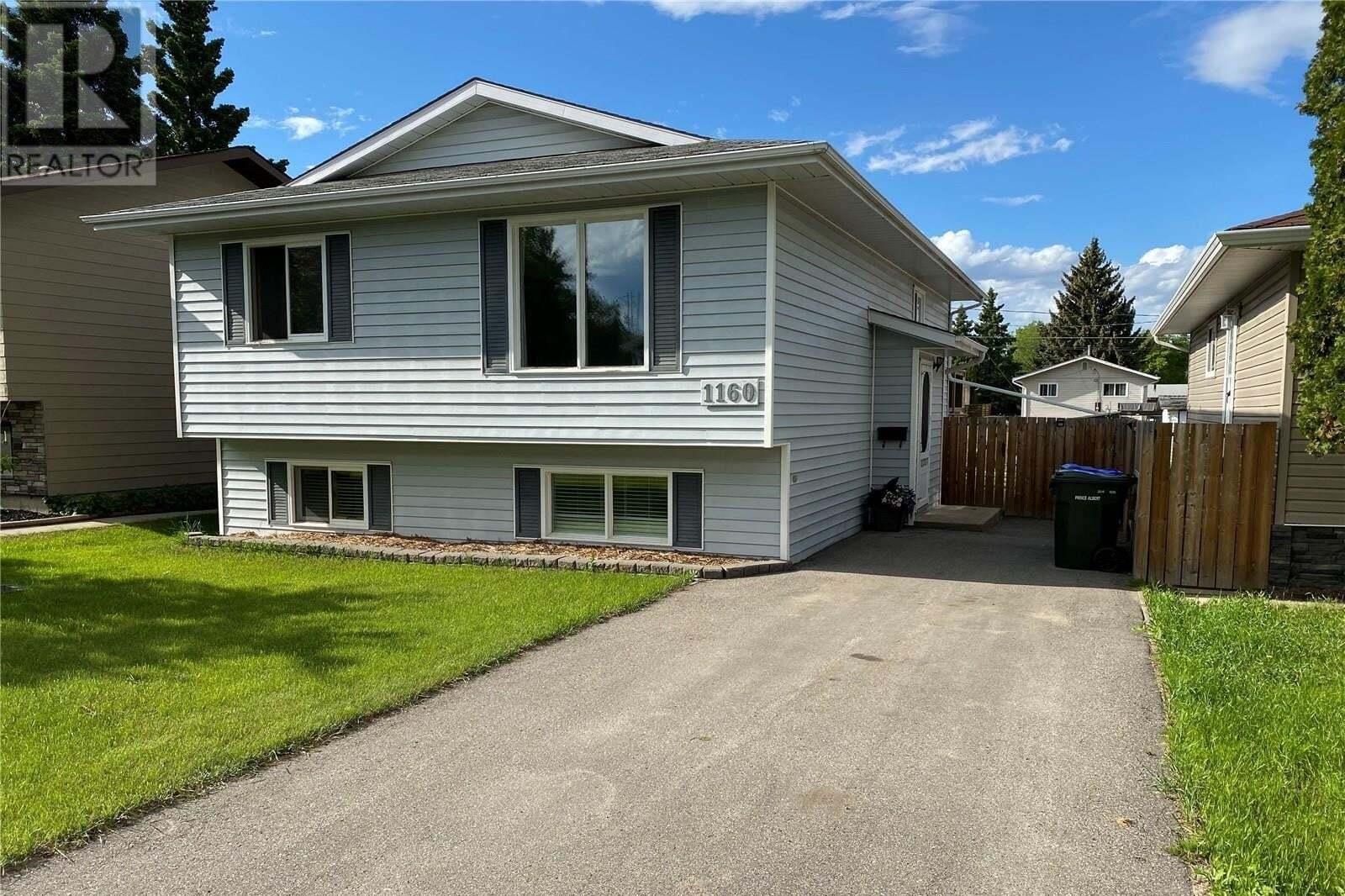 House for sale at 1160 4th St E Prince Albert Saskatchewan - MLS: SK812731