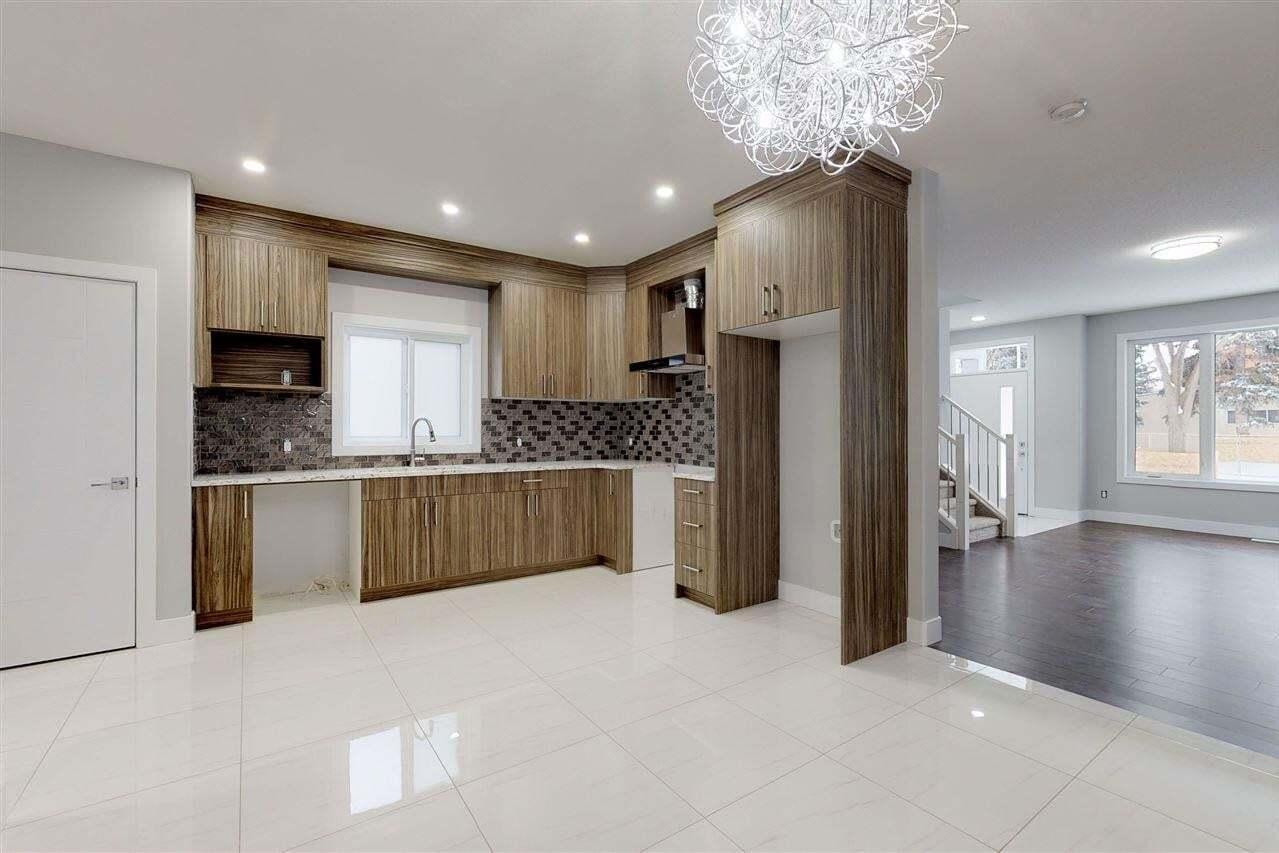 Townhouse for sale at 11605 130 Av NW Edmonton Alberta - MLS: E4200565