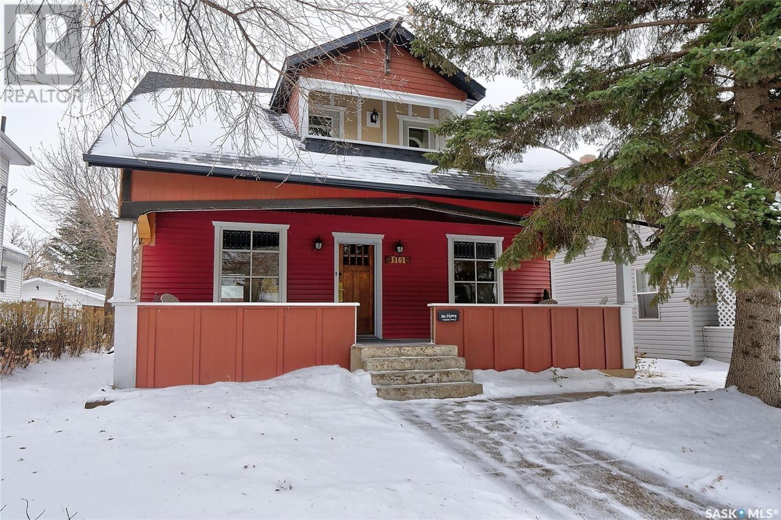 House for sale at 1161 1st Ave NE Moose Jaw Saskatchewan - MLS: SK831272