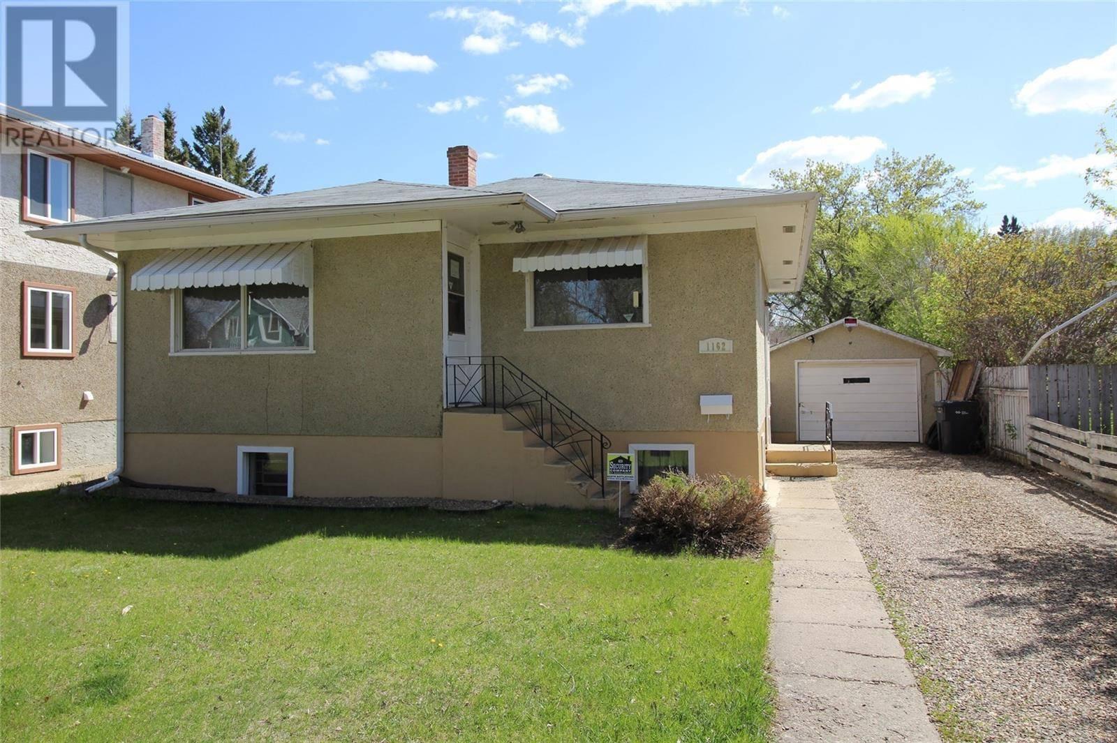 House for sale at 1162 107th St North Battleford Saskatchewan - MLS: SK772686