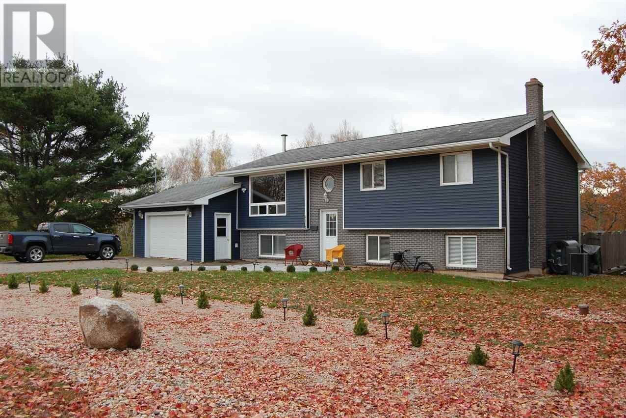 House for sale at 1167 Oak Dr North Kentville Nova Scotia - MLS: 202022377