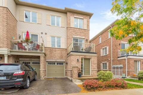 Townhouse for sale at 165 Hampshire Wy Unit 117 Milton Ontario - MLS: W4950276