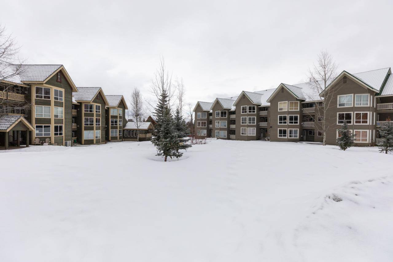 Condo for sale at 4559 Timberline Crescent  Unit 117 Ski Hill Area British Columbia - MLS: 2451233