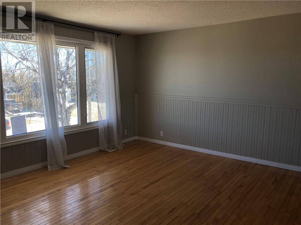 117 Beaconwood Place, Fort Mcmurray   Image 2