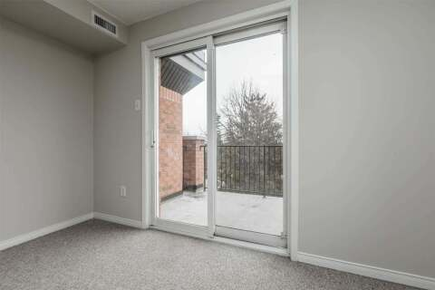 Condo for sale at 117 Edgehill Dr Barrie Ontario - MLS: S4961365