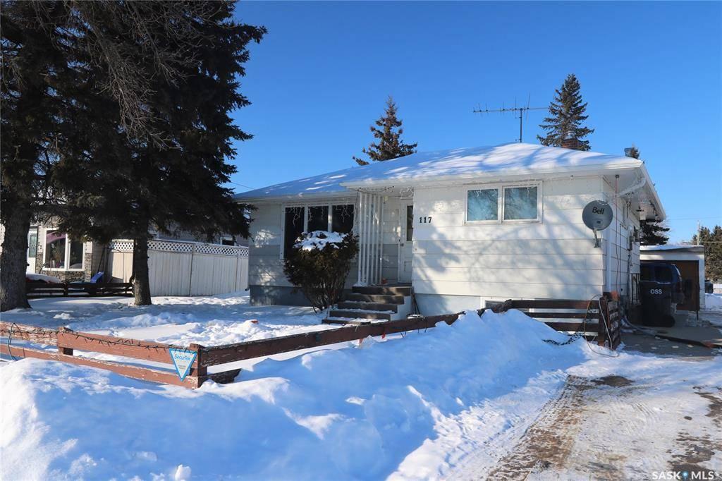 House for sale at 117 Magrath St Yorkton Saskatchewan - MLS: SK759911