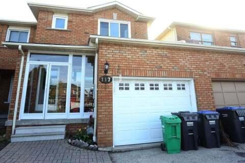 Townhouse for sale at 117 Tulip Dr Brampton Ontario - MLS: W4809981