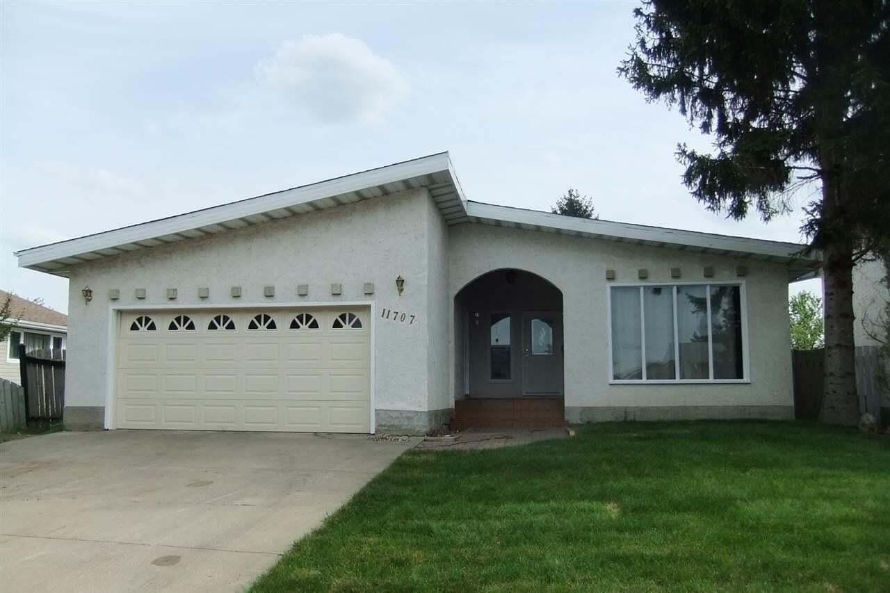 House for sale at 11707 158 Av NW Edmonton Alberta - MLS: E4199132