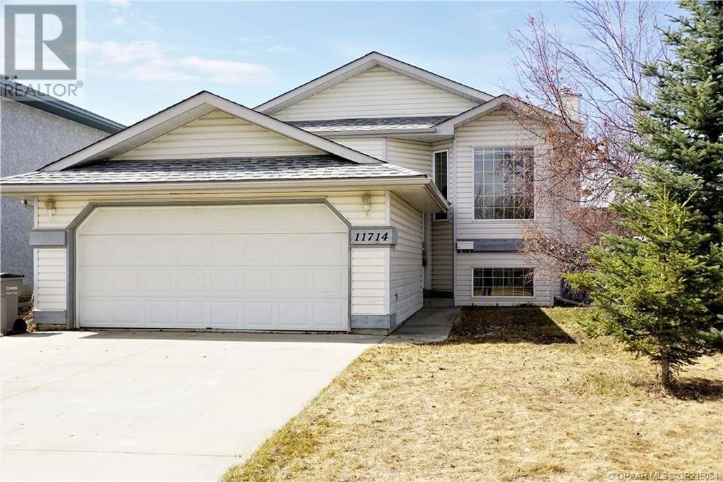 House for sale at 11714 89a Street Crescent Grande Prairie Alberta - MLS: GP215084