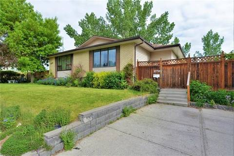 Townhouse for sale at 11720 Canfield Rd Southwest Calgary Alberta - MLS: C4255059