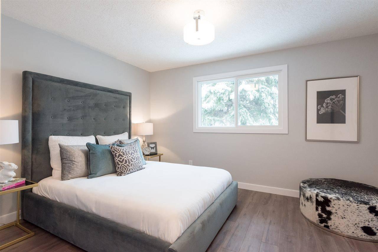 11764 37a Avenue Nw, Edmonton | Image 2