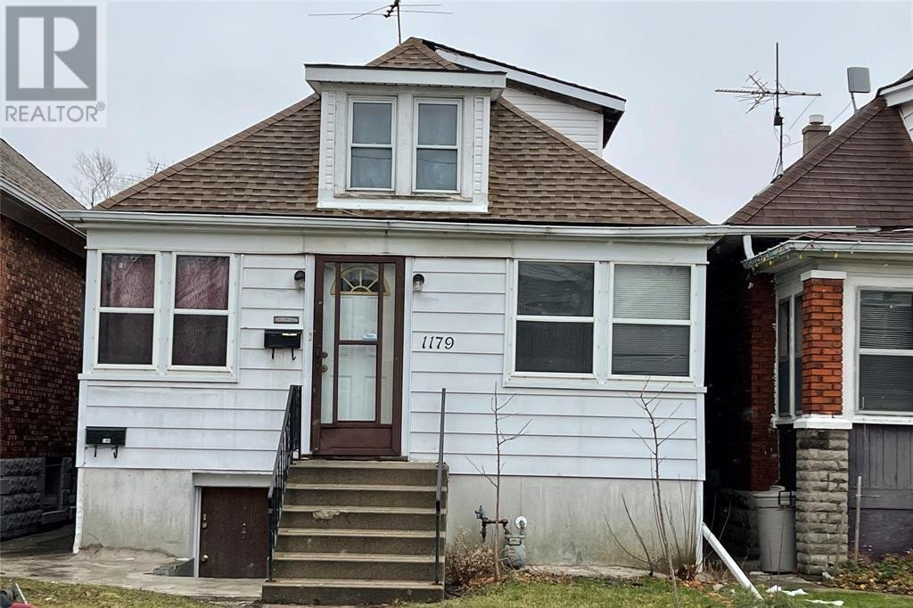 House for sale at 1179 Giles Blvd East Windsor Ontario - MLS: 21000057