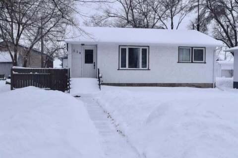 House for sale at 118 1st St E Carnduff Saskatchewan - MLS: SK799604