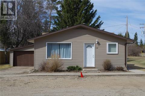 House for sale at 118 2nd Ave S Naicam Saskatchewan - MLS: SK768397